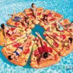 Dušek-za-vodu-Pizza-Slice-mat-1